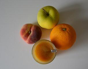 Appel-, sinaasappel- en perziksap