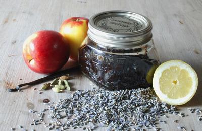 Appeljam met lavendel / Appelconfituur met lavendel