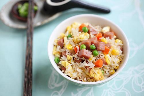 Gebakken rijst met ham