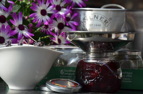 Kersen- lavendeljam / Kersen- Lavendelconfituur