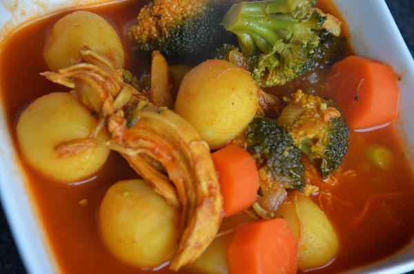Kip curry met krielaardappelen