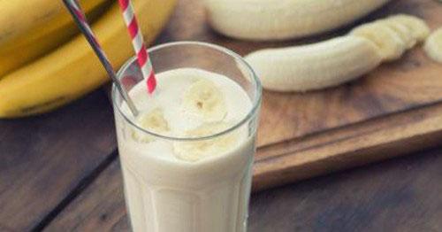 Bananen smoothie met pindakaas