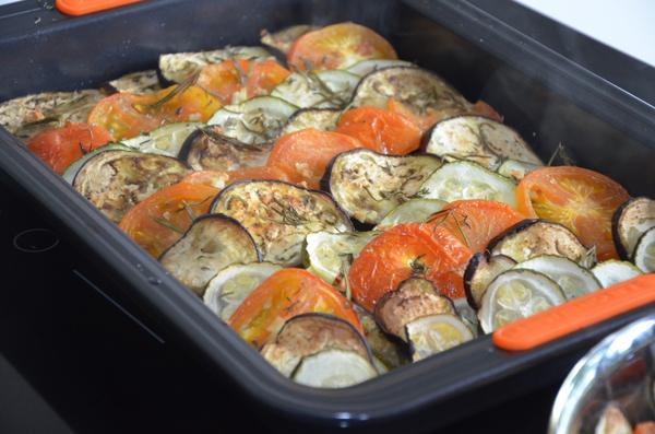 Tian maken (Courgette, aubergine en tomaten)