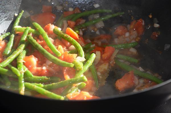 Boontjes met tomaat