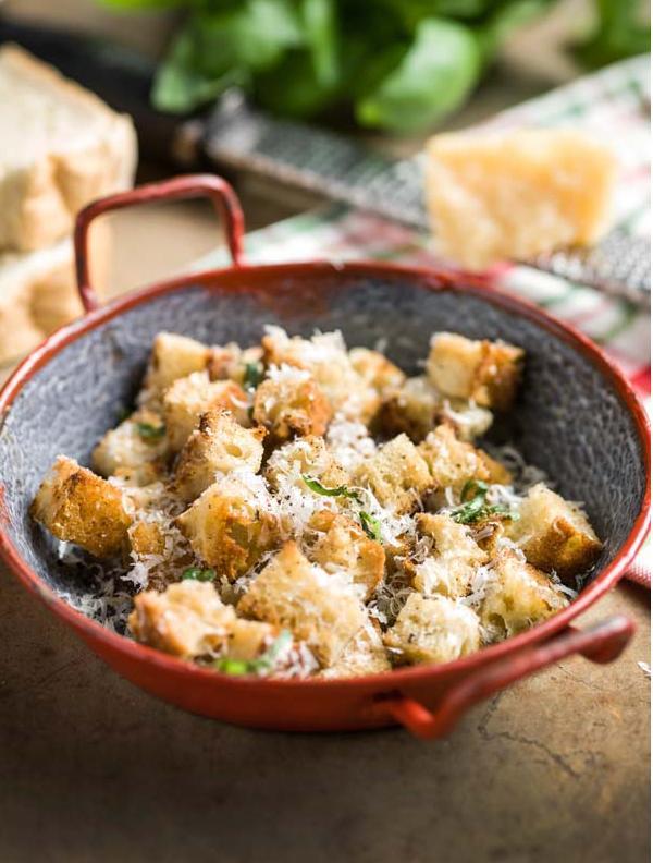 Parmezaan croutons